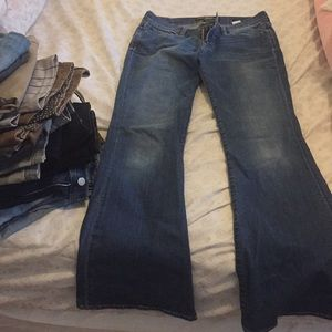 Lucky brand flared jeans